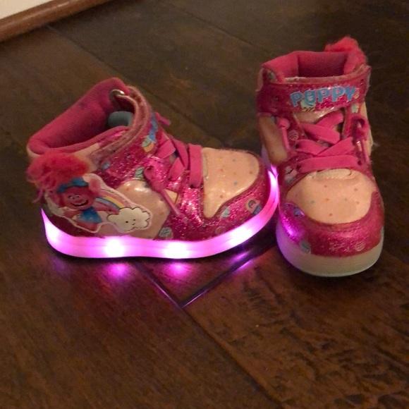 Shoes   Trolls Light Up Shoes Size 5